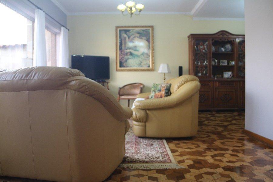 Sobrado para Venda por R$1.300.000,00 e Aluguel á R$8.000,00/Mês - Vila jacuí, São paulo / SP