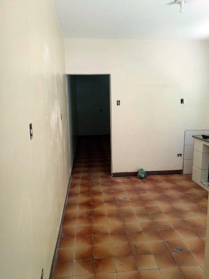 Casa para Aluguel por R$900,00/Mês - Vila jacuí, São paulo / SP