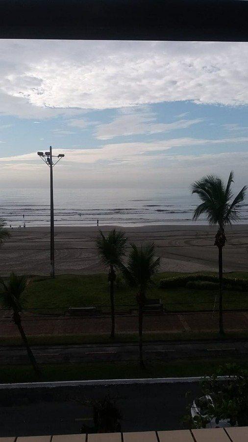 Apartamento para Venda por R$265.000,00 - Caiçara, Praia grande / SP